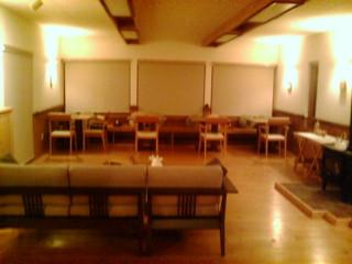 食堂兼ホール.jpg